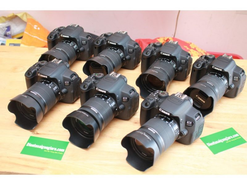 Máy ảnh Canon 700D Kit EF-S 18-55mm F 3.5-5.6 IS STM anh 2