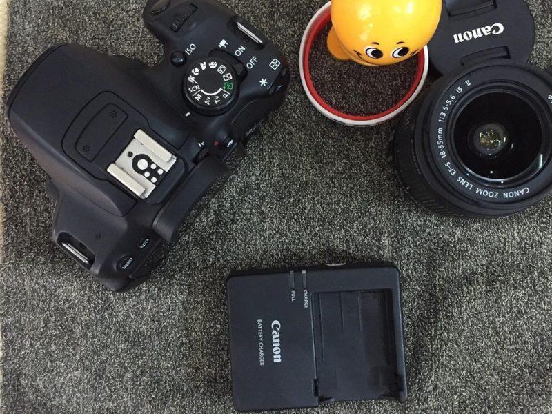 Máy ảnh Canon 700D kèm lens 18-55 is II, chụp 8k shot
