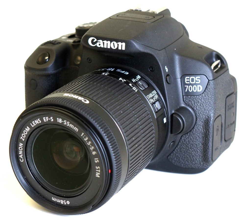cau-tao-cua-may-canon-700d